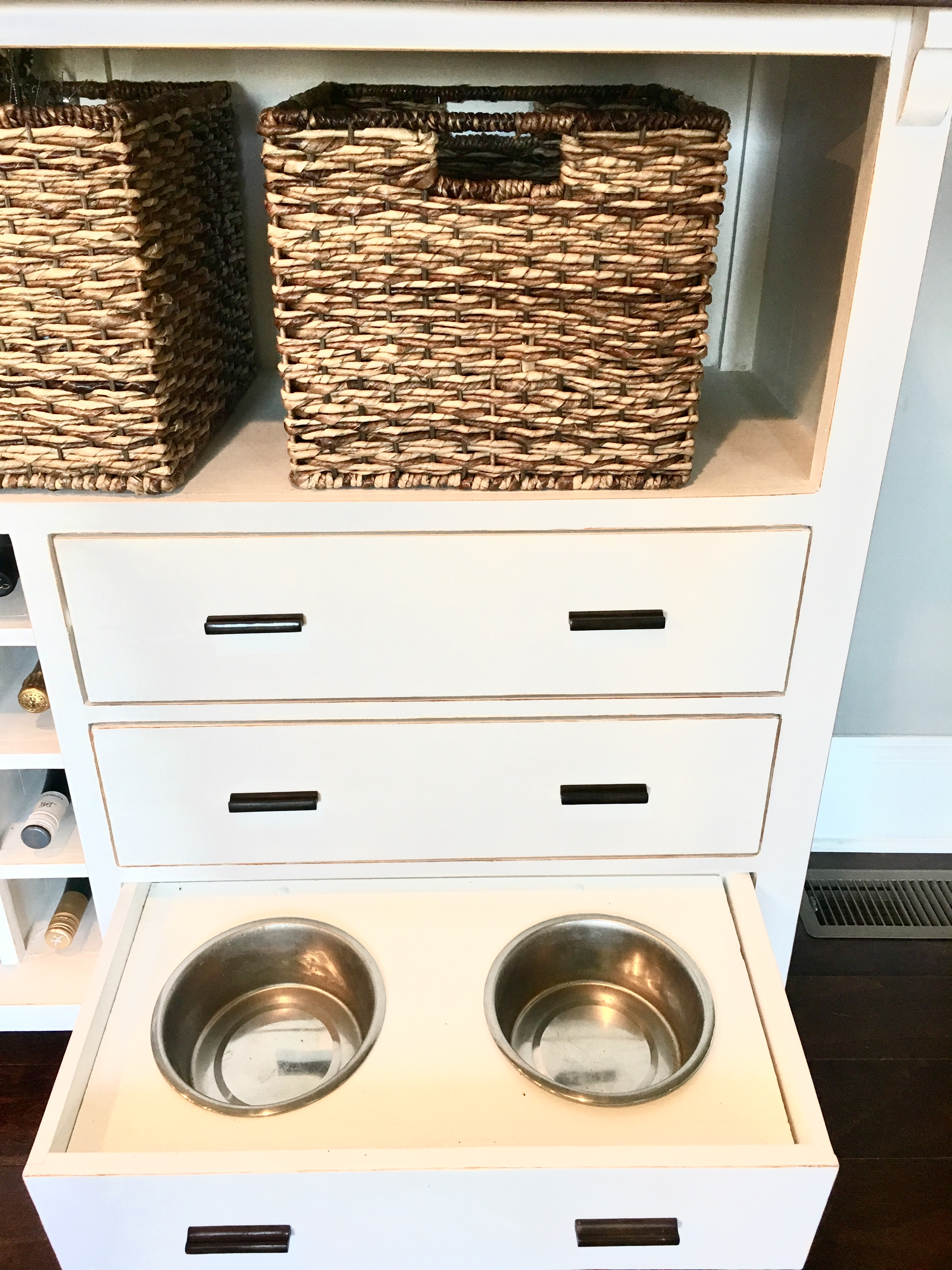 DIY Dog Bowl Storage Organize And Declutter Your Kitchen Without Losing The  Efficiency. Keep Your